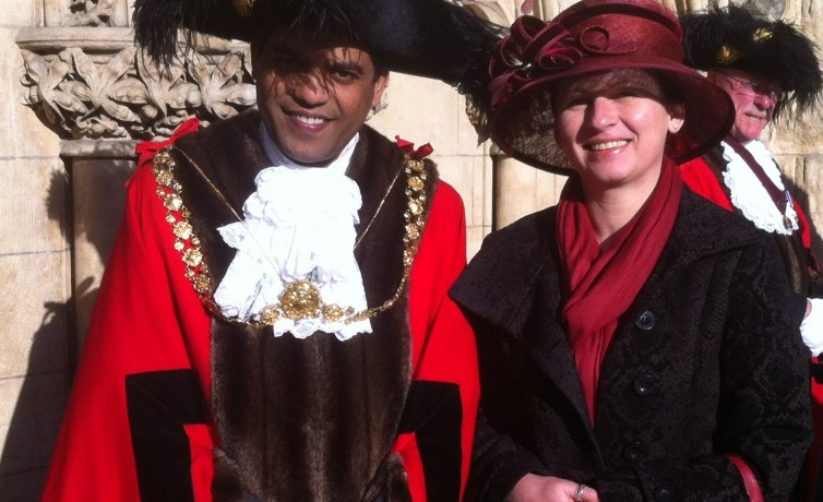 Click: Bristol Lord Mayor's Christian-Islamic Service March 2014